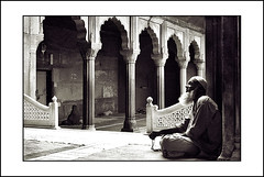 prayers.. (Evren Sahin) Tags: old delhi muslims prayers masjid jama removedfromnikkorfortags