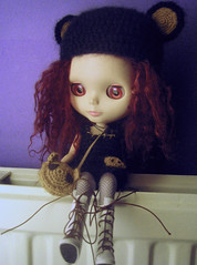 beary-hat (estherase) Tags: bear cute hat bigeyes doll findleastinteresting blythe gerry emssimp