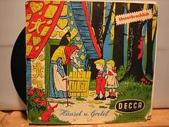 Hansel and Gretel (Cunning Stunt) Tags: kids illustration vinyl 7 retro cover single record retrokids