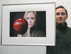 Ceci n'est pas Photoshop (jurvetson) Tags: eve apple topf25 iceland thankyou 500plus20 toss tribute rebekka framedphotos flickrfolklore aplusphoto