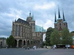 Dom und Severikirche in Erfurt (oliworx) Tags: 2005 topv111 germany fantastic topv333 cathedral erfurt dom topv444 may topv222 mai topv50 topv100 topv200 topv500 200505 domplatz topv300 topv400 severikirche wikipediaimage oliworx