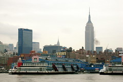 hudson river and nyc (Xuan Che) Tags: 2005 city travel winter newyork skyline architecture december manhattan empire hudson canonixus400