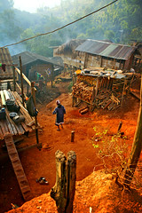 morning mist - thailand village red earth life morning magicplace villagelife mud lahu phitar place