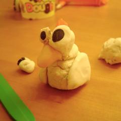 An ugly bird / Un pajarito feo (Ma-Eh) Tags: bird chicken dough ugly pollo vogel playdough hässlich feo pjaro