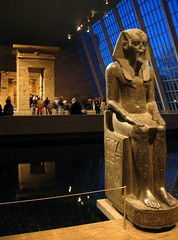 egypt - temple of dendur (Csbr) Tags: 2005 park travel winter sculpture newyork history museum architecture temple december centralpark manhattan egyptian gods canonixus400 themet dendur abusimbal