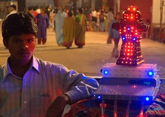 Fortune Telling Robot. (lecercle) Tags: india robot bombay mumbai fortuneteller fortunetelling gridskipperweeklynominee top20india