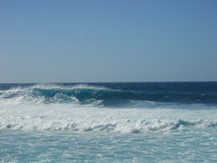 Banzai Pipeline 24 (buckofive) Tags: hawaii oahu northshore banzaipipeline ehukaibeachpark surfing bigwavesurfing surfer beach waves surf