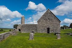 Clonmacnoise (t_o_m76) Tags: ireland clonmacnoise roadtrip irland ruine monastry klosterruine