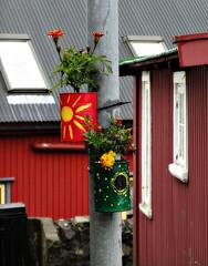 Lamp pots (Jaedde & Sis) Tags: flowers pots lamppost cans faroeislands bigmomma tórshavn føroyar herowinner