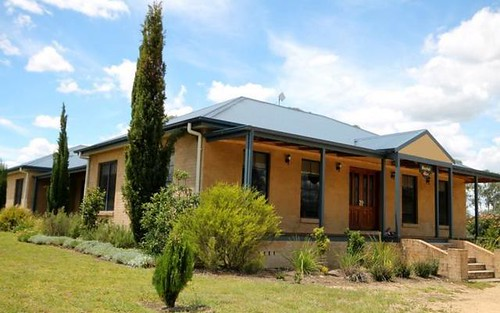 53 Clancys Drive, Inverell NSW