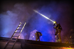 lmh-grefsenveien003 (oslobrannogredning) Tags: bygningsbrann brann røykdykker røykdykkere