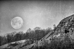 Moon and Hill_47623-.jpg (Mully410 * Images) Tags: redwing trees cold ice blackandwhite monochrome rocks minnesota nikanalogeffects lunar mountain moon niksilverefexpro hill winter snow