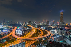 night time in Bangkok (Flutechill) Tags: bangkok thailand night city cityscape longexposure architecture urban citylife building