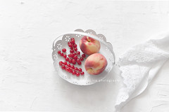 white n red (asri.) Tags: 2017 onwhite stilllifephotography foodstyling 50mmf14 fruitsvegetables
