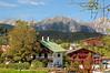Seefeld in Tirol - Ortsmitte (22) (Pixelteufel) Tags: seefeldintirol österreich austria tirol tyrol tourismus panorama hotel restaurant wohnen wohnhaus wohngebäude felsen felswand felsgestein gebirge bergwelt tannen wald waldgebiet waldbestand baumbestand