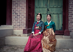 Hanbok sisters (gunman47) Tags: 2016 asia asian changdeokgung chinese korea korean rok republic seoul south hanbok people photography sisters tourist woman 昌德宮 서울 창덕궁 southkorea october