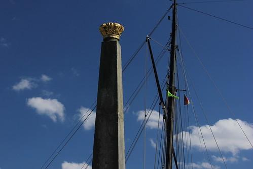 "Holtenau: Obelisk • <a style=""font-size:0.8em;"" href=""http://www.flickr.com/photos/69570948@N04/18310089819/"" target=""_blank"">View on Flickr</a>"
