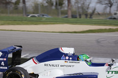 _IM16424 (Foto Massimo Lazzari) Tags: renault pista corsa circuito gara incidente imola pilota formularenault revisione acqueminerali sbandata ruotescoperte