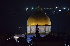 The Dome and Night (Keith Mac Uidhir  (Thanks for 4m views)) Tags: city israel jerusalem holy sacred land  gerusalemme jrusalem isral   jerusaln izrael  yerusalem israil   herusalem        srael