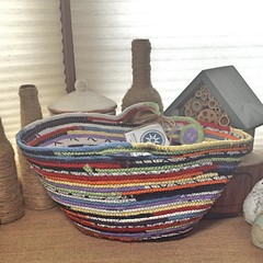 "Large Classic Tote Basket #0700 • <a style=""font-size:0.8em;"" href=""https://www.flickr.com/photos/54958436@N05/19563292000/"" target=""_blank"">View on Flickr</a>"