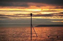 Beacon (Henry Hemming) Tags: beacon groyne pier colours water