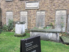 Memorials at Wesley's chapel (Matt From London) Tags: johnwesley wesleyshouse methodism graves monuments tombs