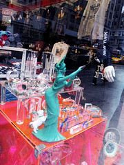Statue of Liberty Taking Photo With Selfie Stick Cell Phone 0011 (Brechtbug) Tags: green statue liberty taking photo with selfie stick cell phone now strange dog included kitsch giftshop gift lady torch standee store sidewalk nyc 2017 new york city 7th ave toga french sculpture metal crown west side midtown manhattan avenues tablet july 4th 1776 woman lobby figure 01102017 art camp good sign