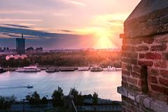 Sun trails (Master Iksi) Tags: sun trails city landscape beograd belgrade srbija serbia canon700d sky river castle buildings
