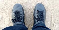 Shoes on the beach (ThomasKohler) Tags: shoe shoes black schwarz strand beach boltenhagen schuh schuhe