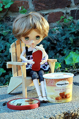 Cool (zphanjakidze2) Tags: adolladayjuly2014 adad autumngirlpenny caramel class cool coolpicture coolpictures doll dulcedeleche haagendazs icecream jerryberry penny photochallenge