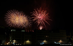 Feux d'artifice du 14 juillet - Lyon (oncle_john) Tags: night canon nightshot lyon fireworks 5d nuit 14juillet feuxdartifice rhone mk3 mark3 fêtenationale 5d3 onclejohn momentsdecapture