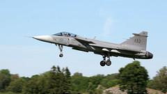 Saab JAS 39 Gripen. (spencer_wilmot) Tags: 39132 jas39 saabgripen saab gripen canards fighter sweden swedishairforce swedish 132 landing recovery approach trees landinggear arrival f7 såtenäs esib militaryaviation plane aviation aircraft airplane airbase jet