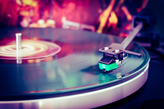 Disco in vinyl (bobbybee2000) Tags: fujifilm fujinon fujifilmxt1 fujifilmxt10 vinyl vinylrecord schallplatte music musik plattenspieler vinylrecordplayer the70s oldschool thorens