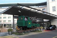BRB Brienz - Rothorn - Bahn Dampflokomotive H 2/3 Nr. 1 ( Zweite Lok mit Nr. 1 - Hersteller SLM Nr. 693 - Baujahr 1892 - Ex GN Glion - Naye - Bahn - Schmalspur Zahnradbahn 800 mm ) zur Zeit vor dem Kursaal in der Stadt Bern im Kanton Bern der Schweiz (chrchr_75) Tags: albumzzz201612dezember christoph hurni chriguhurni chrchr75 chriguhurnibluemailch dezember 2016 bahn eisenbahn schweizer bahnen zug train treno albumbahnenderschweiz2016712 albumbahnenderschweiz schweiz suisse switzerland svizzera suissa swiss bern berne berna bärn bundesstadt zähringerstadt unesco welterbe stadt city ville altstadt hauptstadt albumstadtbern meinbern kantonbern stadtbern シティ by 城市 città город stad ciudad chrchr chrigu sveitsi sviss スイス zwitserland sveits szwajcaria suíça suiza albumbahnbrbbrienzrothornbahn albumzahnradbahnenschweiz brb zahnradbahn