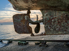 Rusty Screw (mikeSF_) Tags: california san pablo bay china camp rafael rust rusty propeller screw vessel ship shipwreck fishing hdr sunrise rat rock pentax 645z 645 dfa55