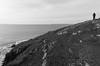 IMGP7564 (sapiens5) Tags: decembre 2016 pentax k5iis 1855 nb monochrome noir blanc mer océan côte falaise eau vagues rocher