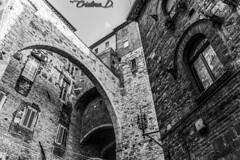 Wandering around Perugia (cristina.dannunzio) Tags: perugia umbria italy perusia blackwhite biancoenero medievale medieval architecture architettura archi