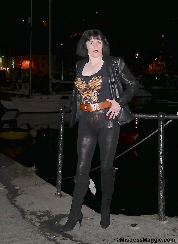 Dark and Shiny (Mistress Maggie dot com) Tags: tight leather leggings ...