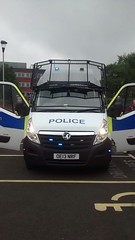 A Hertfordshire police van (slinkierbus268) Tags: bluelights policevan hertfordshireconstabulary hertfordshirepolice