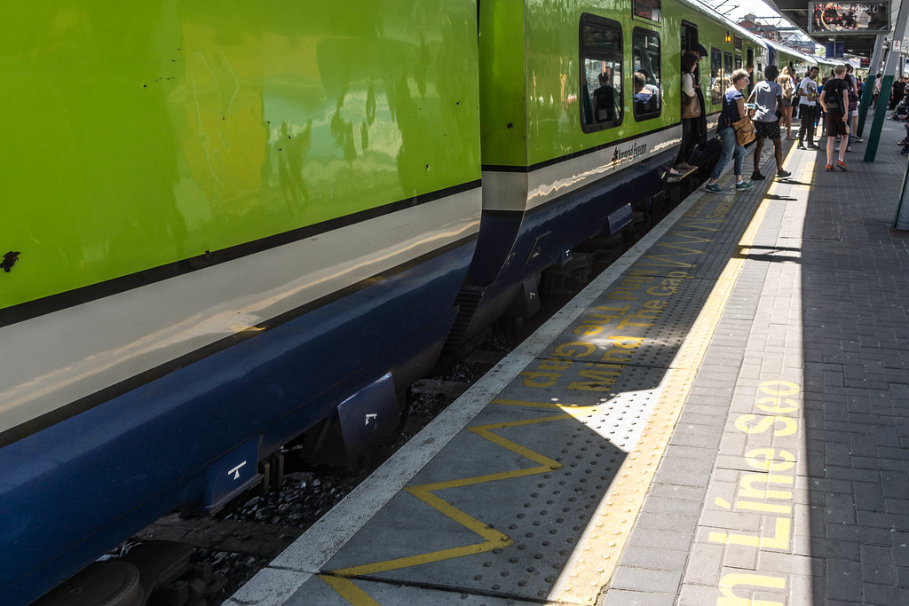 Connolly Railway Station [June 2015]-106273