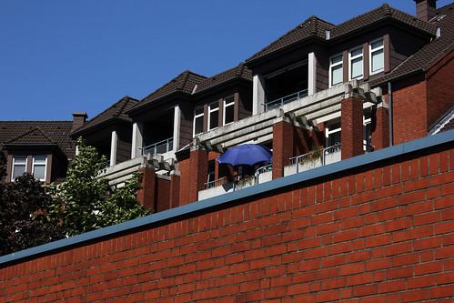 """Wohngebäude (2) • <a style=""""font-size:0.8em;"""" href=""""http://www.flickr.com/photos/69570948@N04/19171753899/"""" target=""""_blank"""">Auf Flickr ansehen</a>"""
