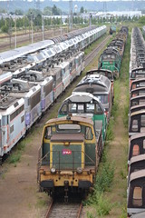 SNCF Withdrawn Locomotives (Will Swain) Tags: travel france les yard train de french europe north transport rail railway des 330 east rouen le works depot 300 railways franais socit parisian fer withdrawn nationale marshalling triage chemins sotteville sottevillelsrouen