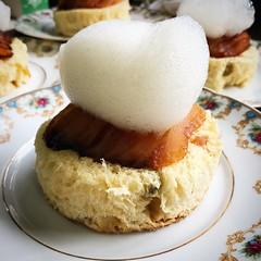 #panetone #manzana #asada #aire #caña #cañadeazucar #lima #iguazu #iguazufalls #verao2016 #fozdoiguacu #foz #igu #cocina #foodstagram #gastronomy #sabor #foodlover #foodgasm #instafood #instacuina #foodphoto #delicious #gourmet #truecooks