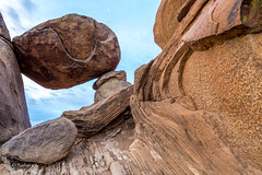 Balanced Rock and the moon (Squirrel Girl cbk) Tags: 2017 february bigbendnationalpark balancedrock grapevinehills morning exfoliation explore