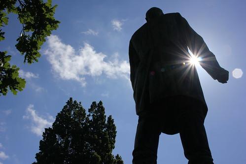 "Bismarck im Hiroshima-Park (05) • <a style=""font-size:0.8em;"" href=""http://www.flickr.com/photos/69570948@N04/18527722019/"" target=""_blank"">Auf Flickr ansehen</a>"