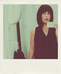 (Vallelitoral) Tags: portrait woman girl beautiful beauty polaroid cool mujer flickr chica retrato style fringe chic iphone selfie flequillo flickraward iphonegraphy polamatic