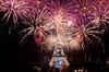 Un 14 juillet au Trocadéro (-J.R.-) Tags: light paris night dark noir tour fireworks ngc explosion eiffel toureiffel lightning fête nuit bastille lumières 14juillet trocadéro nightshoots fêtenationale feuxdartifices artifices nightfoto top20flickrskylines fusées
