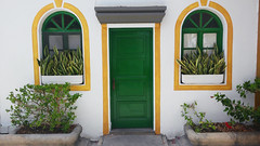 (Mateusz Mathi) Tags: street summer house green window yellow de puerto spain doors mini lg gran g2 canaria mogan mateusz 2015 mogn mathi hiszpania wyspy kanaryjskie