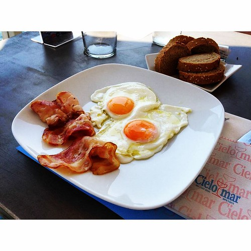 #breakfast is necessary to start your day full of energy! #eggs #bacon #summer #ribcruises