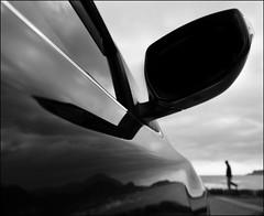 F_47A2145-1-BW-Canon 5DIII-Canon 16-35mm-May Lee 廖藹淳 (May-margy) Tags: maymargy 匆匆 人像 剪影 黑白 bw silhouette 海邊 汽車 後照鏡 想飛 反射 街拍 streetviewphotographytaiwan 線條造型與光影 linesformandlightandshadows 心象意象與影像 naturalcoincidencethrumylens 天馬行空鏡頭的異想世界 mylensandmyimagination 模糊 散景 新北市 台灣 中華民國 taiwan repofchina f47a21451bw portrait car rearmirror seashore reflection landscape 風景 blur bokeh newtaipeicity canon5diii canon1635mm maylee廖藹淳